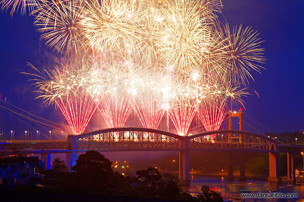 Brunel 150 Celebration Fireworks (Canon 5D Mark II)