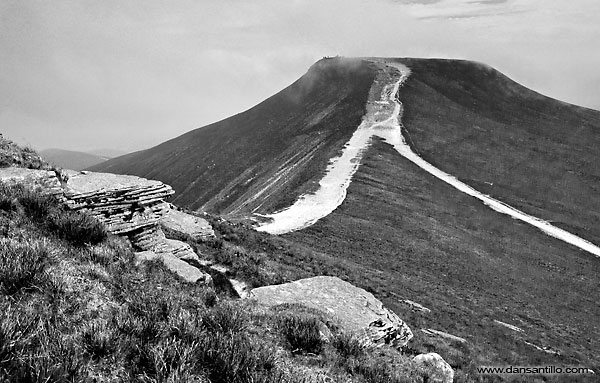 Pen y Fan from Corn Du (Canon EOS 5D Mark II)