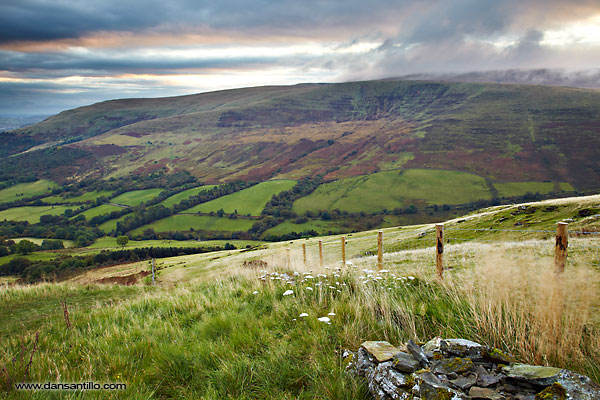 The view from Craig Cerrig-gleisiad (Canon EOS 5D Mark II)