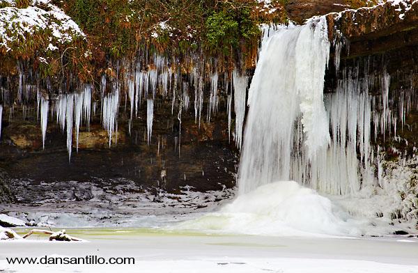 Frozen Sgwd Gwladys (Canon EOS 5D Mk II)