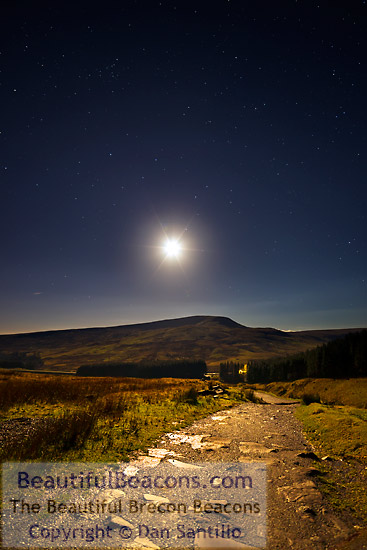 Fan Fawr and the Moon